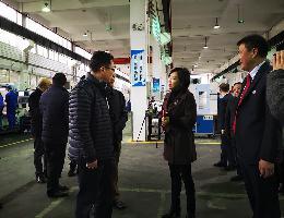 重庆市屈副市长来我司江南职校实训基地调研